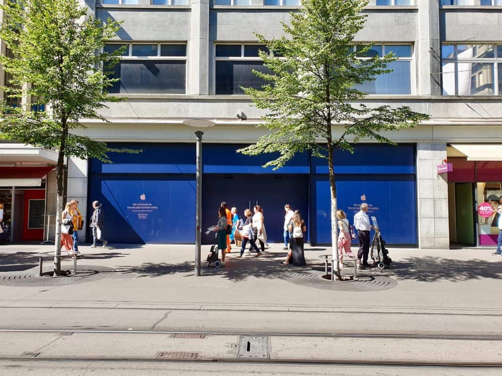 Aussenansicht des Apple Store Zürich Bahnhofstrasse